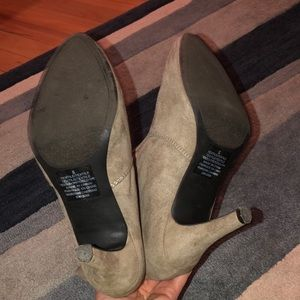 Express Shoes - Express Slouchy Ankle Booties